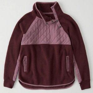 Abercrombie & Fitch Asymmetrical Snap Fleece - M